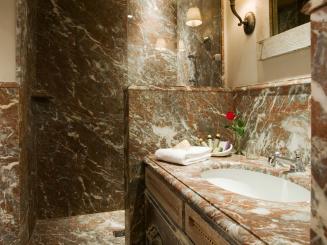 bathroom Classic (2).JPG